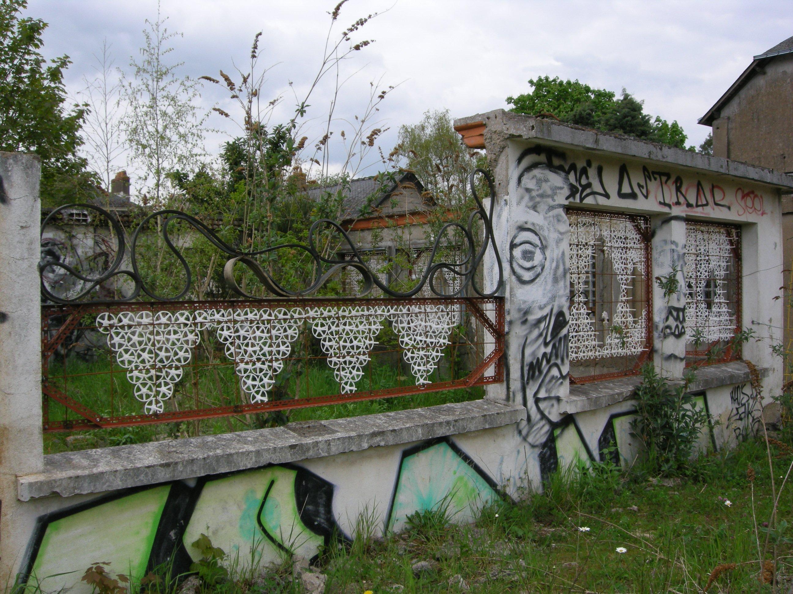 maison cassée