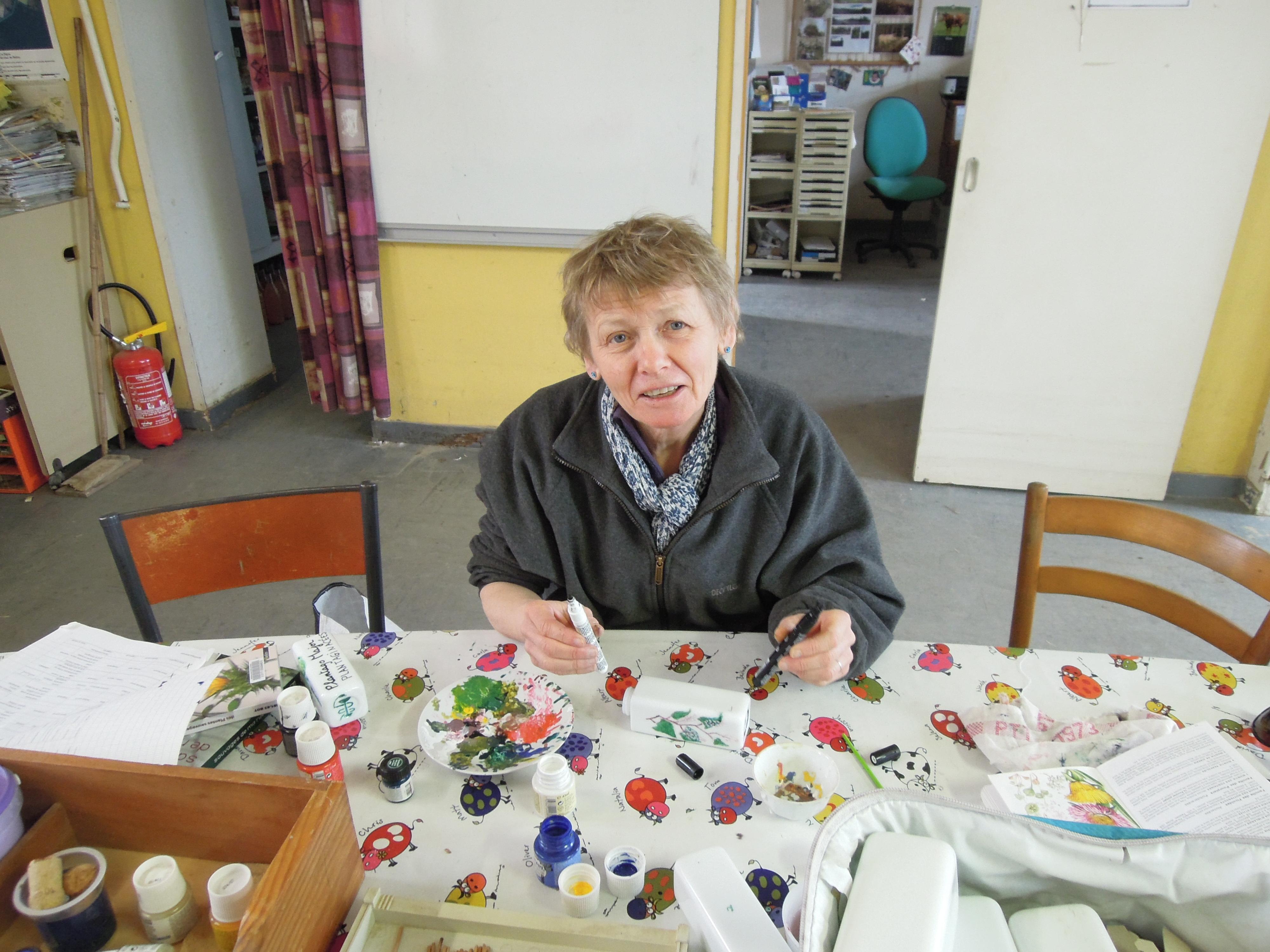 benedicte en pleine peinture botanique