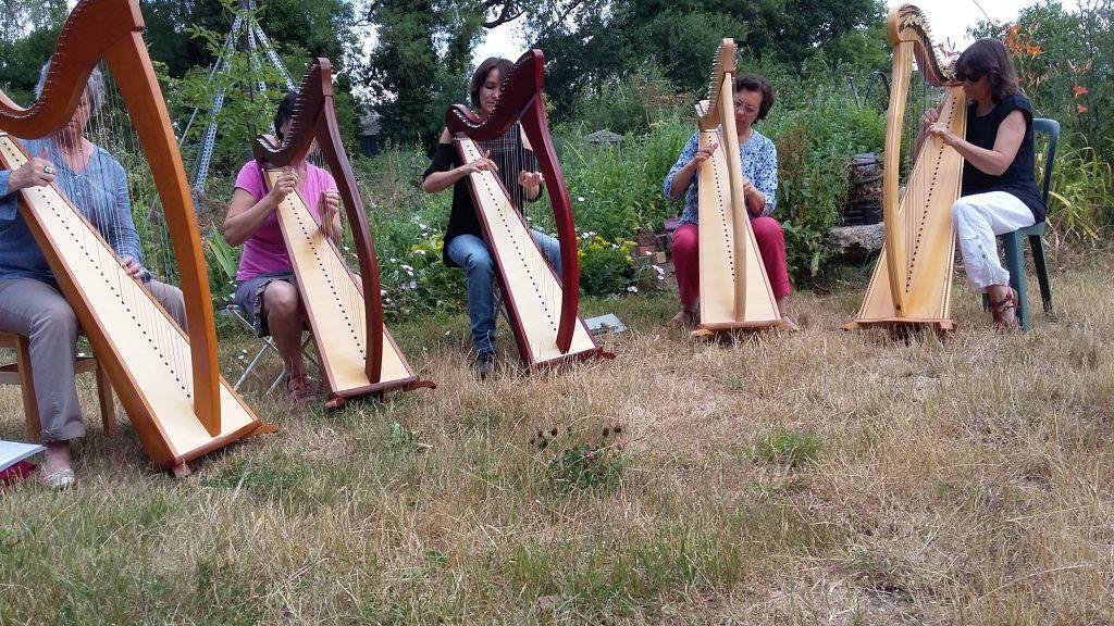 Harpistes au jardin les amis du transformateur for Au jardin les amis